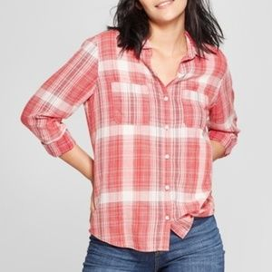 Universal Thread Red Plaid Button Up Top - XL